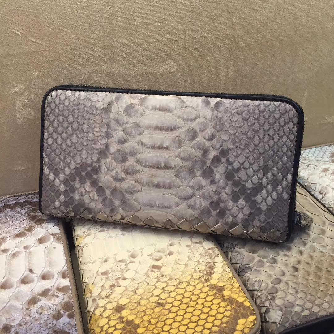 Bottega Veneta 宝缇嘉 拉链款 蟒蛇皮 19cm