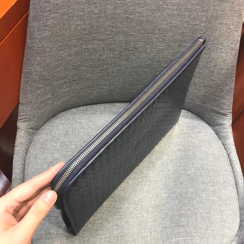 经典bv大手包 代购版7781 顶级原版胎牛皮 内里进口布料 35 /24 /2