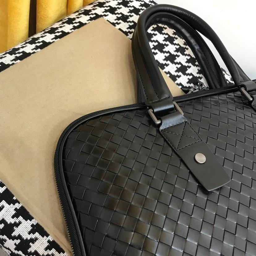 宝缇嘉代购版6956  顶级原版胎牛皮 官方新款公文包 爆款 内里隔层多 38cm