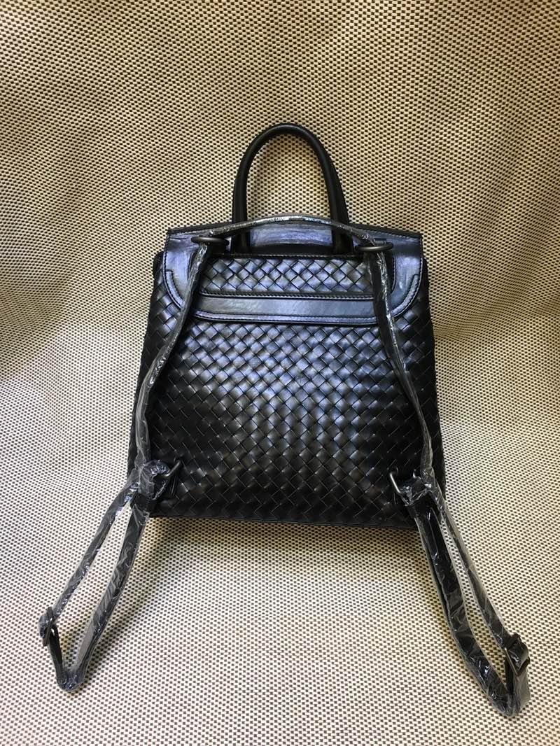 宝缇嘉  代购版 7783 顶级原版胎牛皮 女款双肩包 纯手工编织款 黑色