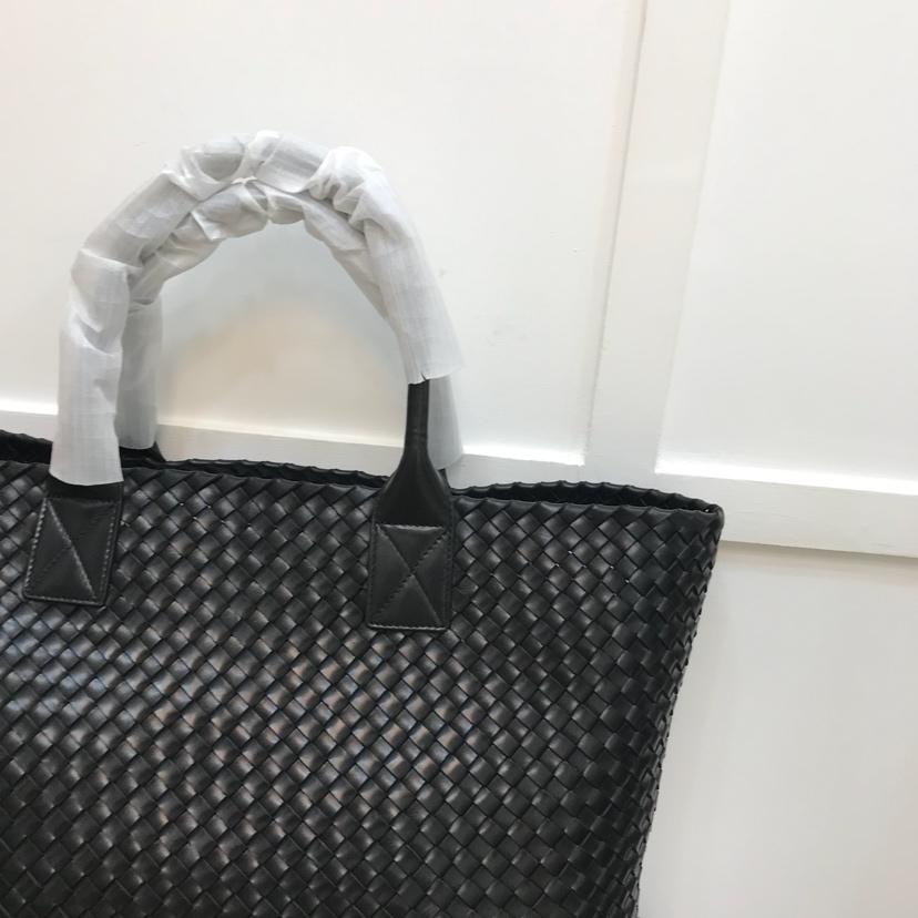 代购版5211 BV 双层胎牛皮编织 菜篮包顶级原版胎牛皮 购物袋shoppingbag 40cm