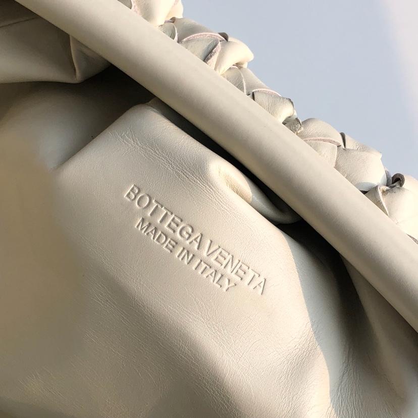 BV宝缇嘉 云朵包 胎牛皮 大号 38cm黑色白色现货 手工编织