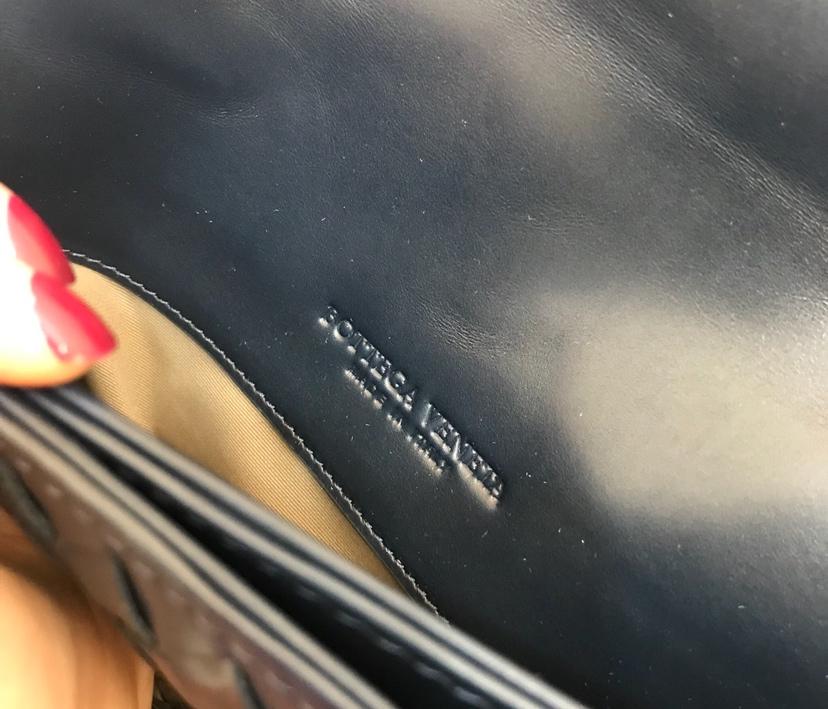 宝缇嘉 代购版本6945顶级原版胎牛皮 男士手提式公文包经典款 40cm