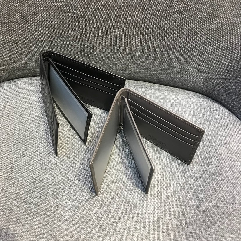 BV代购版1053顶级原版胎牛皮 黑色 驾驶证卡包