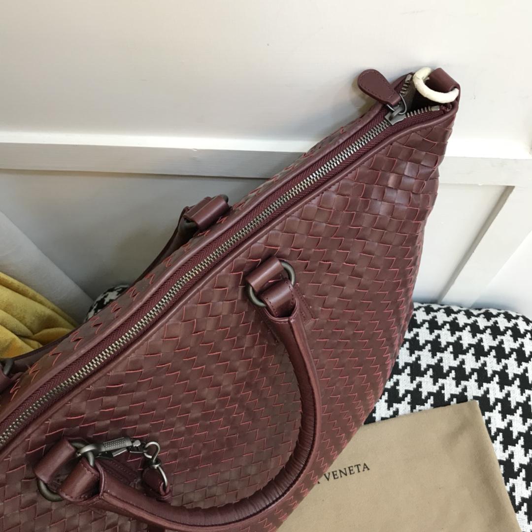 宝缇嘉5061经典 变形包 顶级胎牛皮  内里原版羊皮 bv最经典火爆款变型包 纯手工制作 48cm