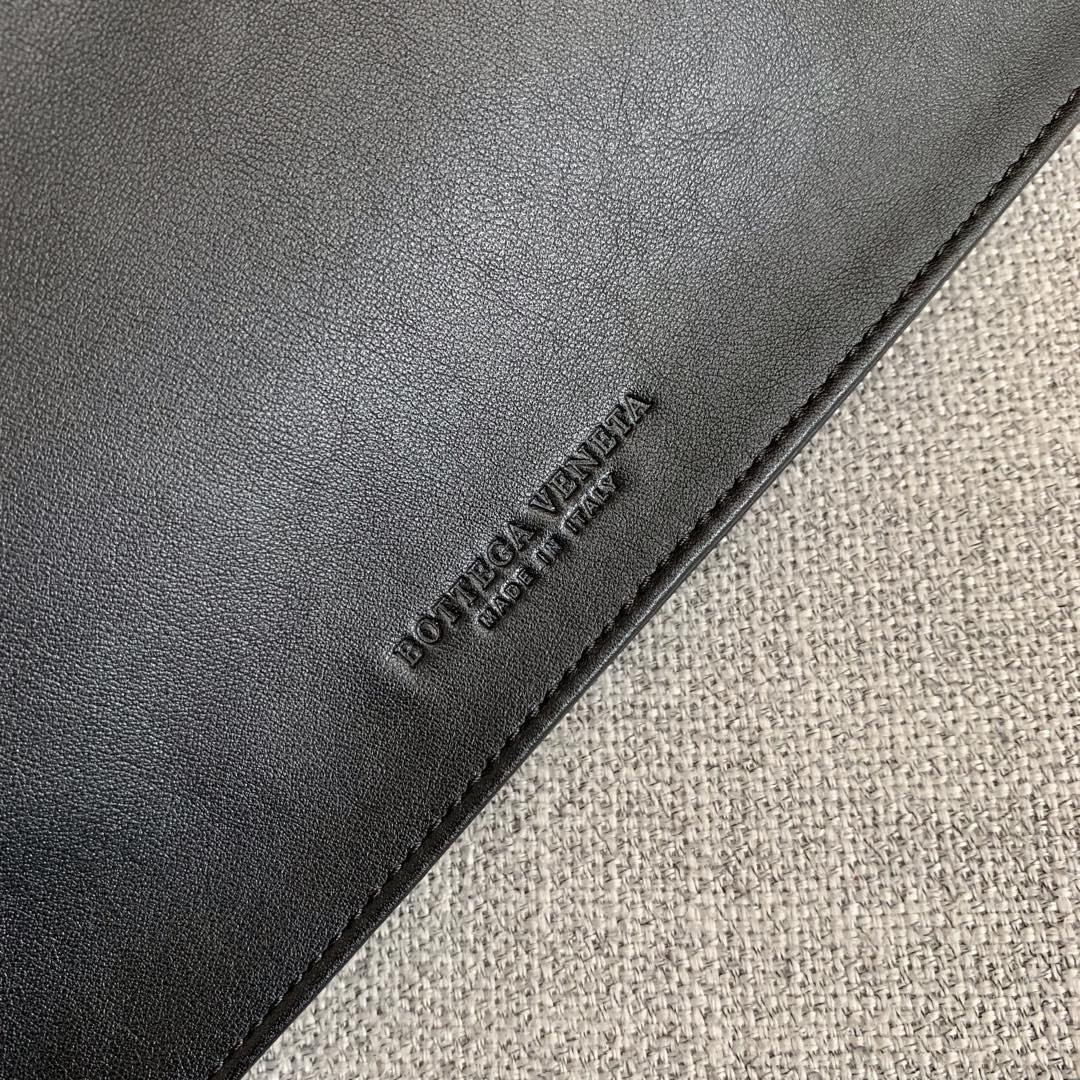 【P1650】Bottega Veneta 手包 607964 31-55-2 黑色