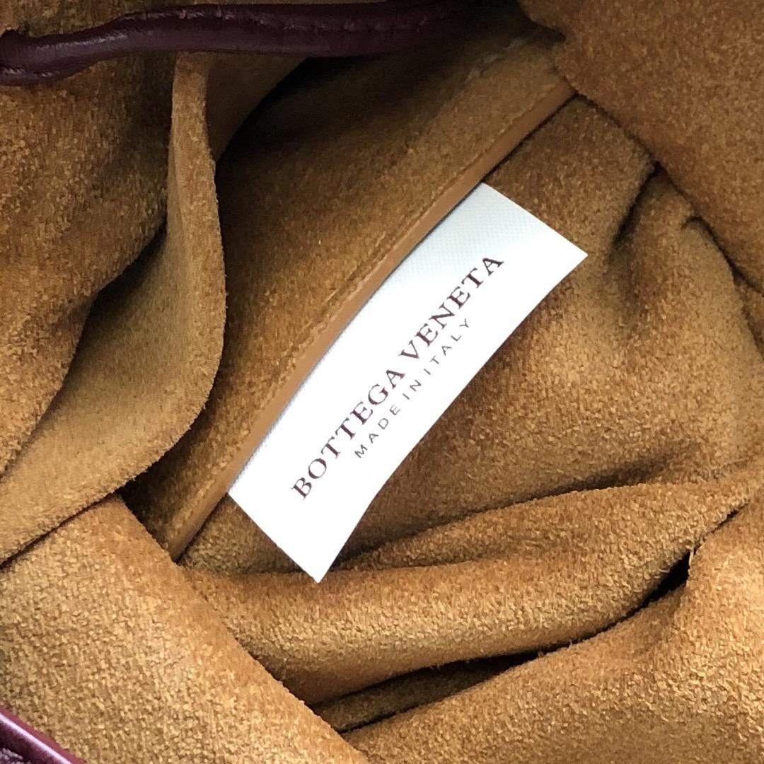 【P1170】Bottegaveneta 576804羊皮酒红 21.5*17.5*13 高档时尚女包