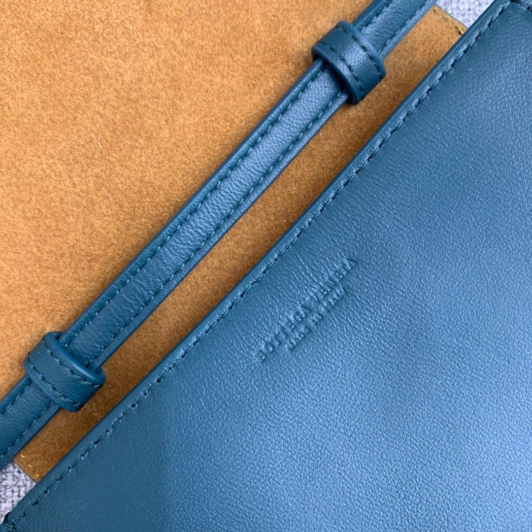 【P900】新款手袋CASSETTE 编织574051 尺寸16-13.5-8 羊皮/深蓝绿色