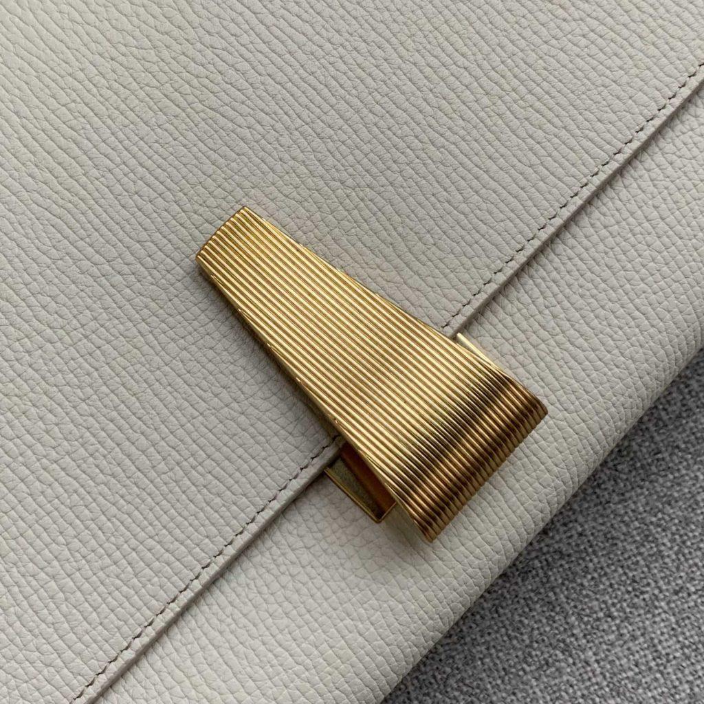 【P1580】BV新款Angle bag大象纹 /牛皮  磨砂皮内里 白色  36-17-13