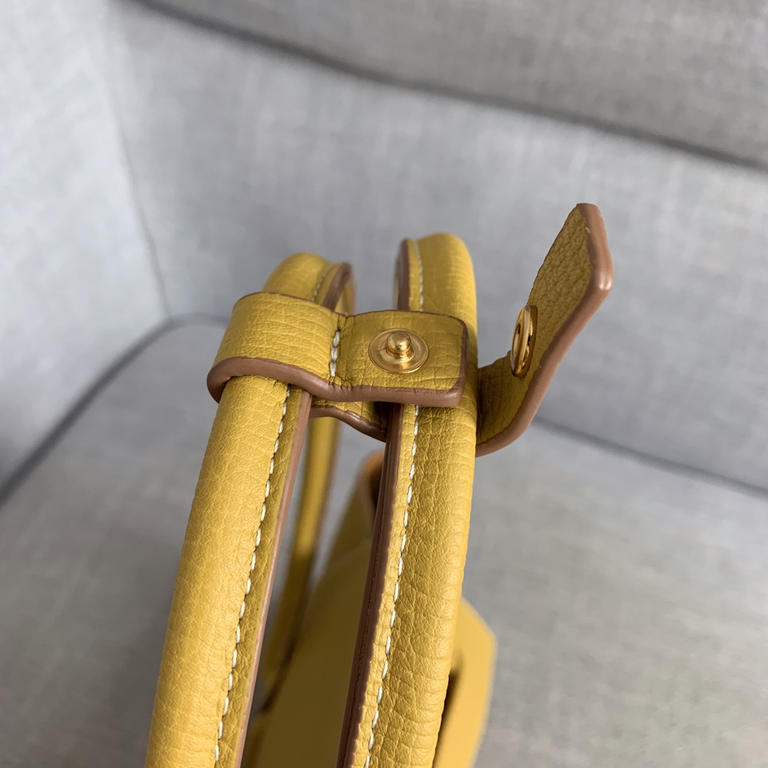 【P1400】Bv小号Arco购物袋 580725大象纹琥珀黄 袋口33底22宽6高22(不含手柄)