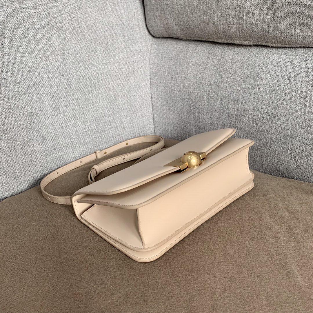 【P1580】BV新款高级rondebag 平纹/牛皮内磨砂皮 裸色 28-15-7
