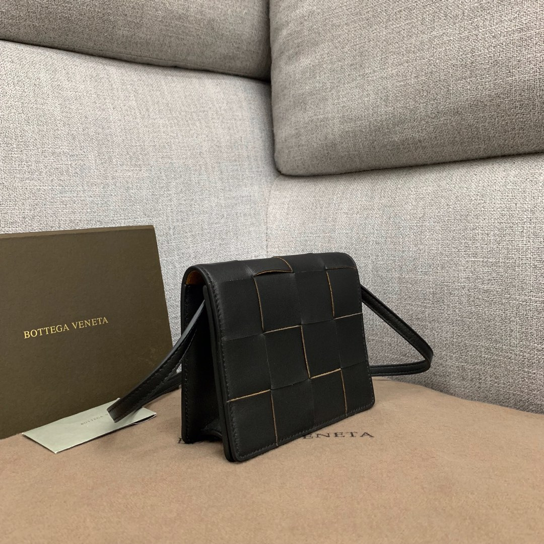 【P900】新款手袋CASSETTE 编织574051 尺寸16-13.5-8 羊皮/黑色