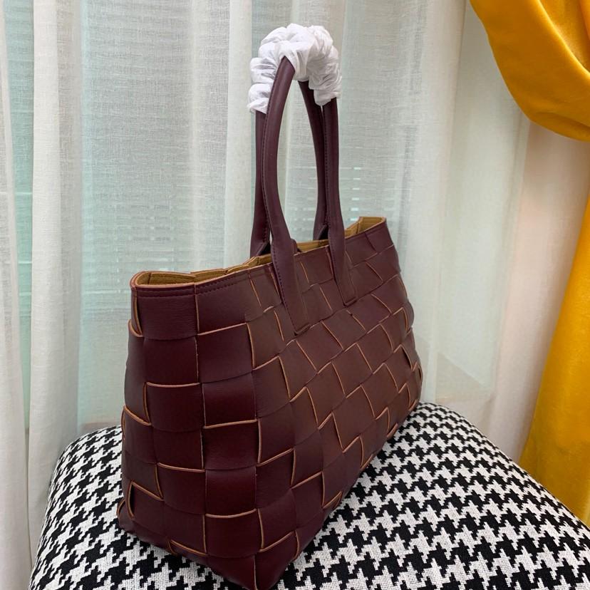 BV 5212新款购物袋 顶级原版Nappa小羊皮 秋冬系列 45cm