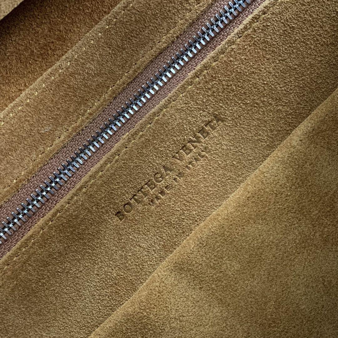 【P1730】Bv 小号Arco购物袋 575943 牛皮/平纹 黑色 袋口33 底22宽6高22 (不含手柄)