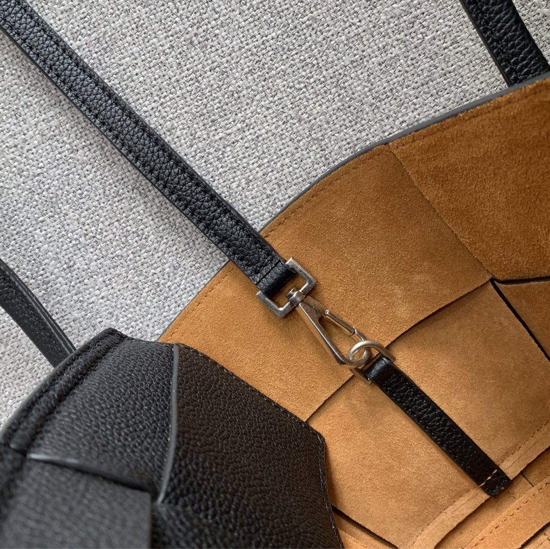 【P1430】Bottega Veneta Mini Arco购物袋 600606牛皮 荔枝纹 黑色 袋口28 底17.5宽8高17(不含手柄)