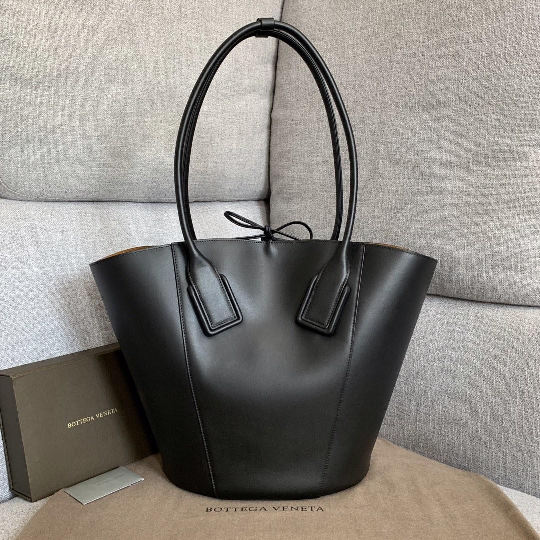 【P1950】新款 Bv Basket 576836牛皮/黑色 平纹 手提包
