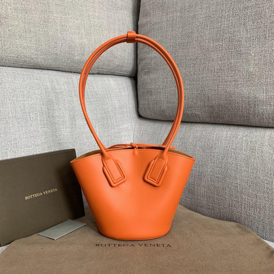 【P1130】Bv 新品 Basket 进口小牛皮 Mini号 592133 牛皮/橙色 28*18*10