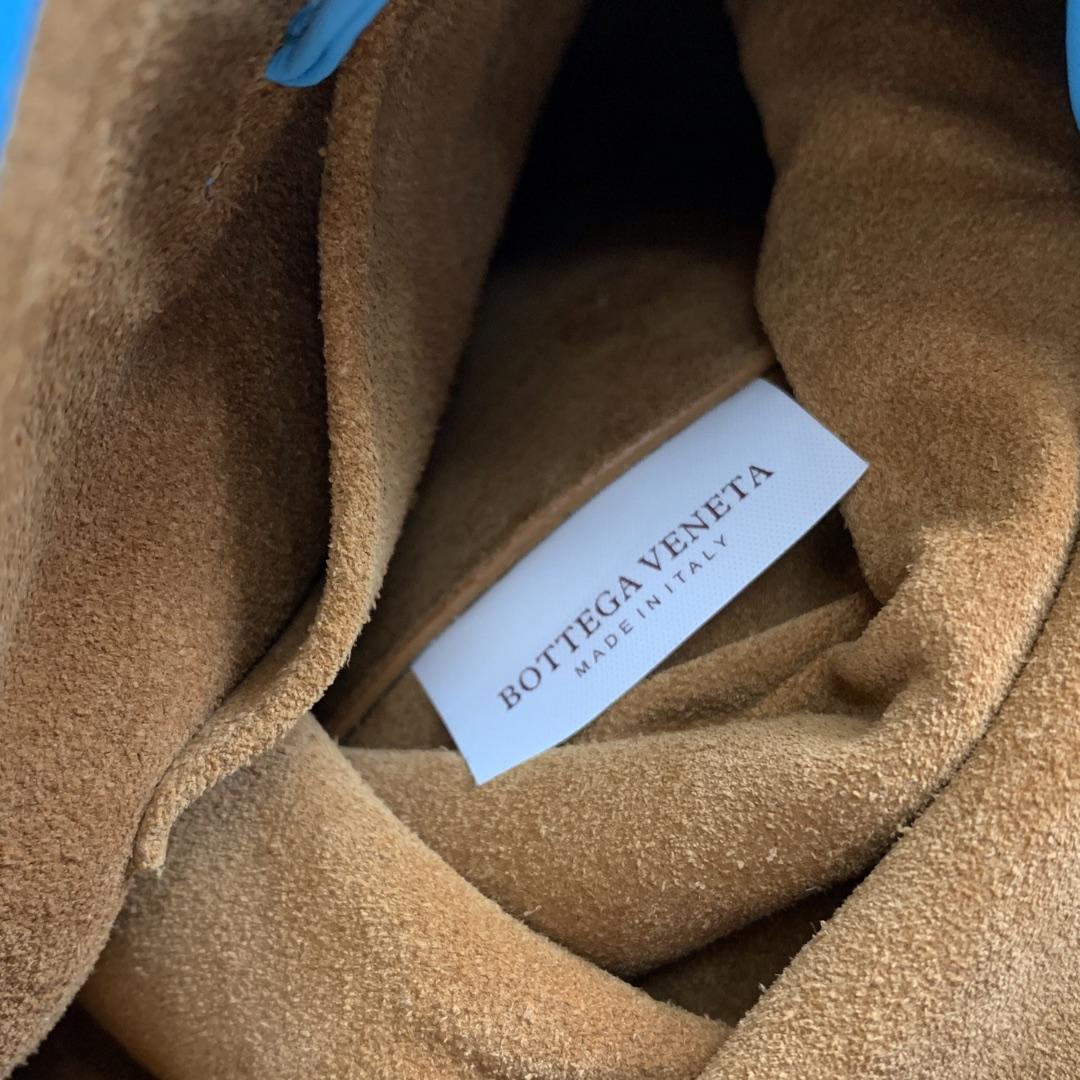 【P1170】Bottegaveneta 576804羊皮海蓝 21.5*17.5*13 高档时尚女包