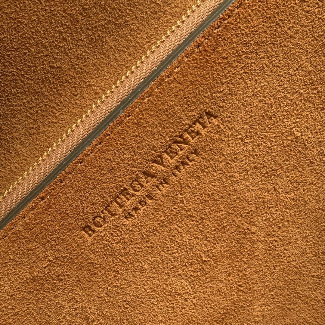 【P1580】BV高级 rondebag 牛皮 橄榄绿 磨砂皮外 28-15-7