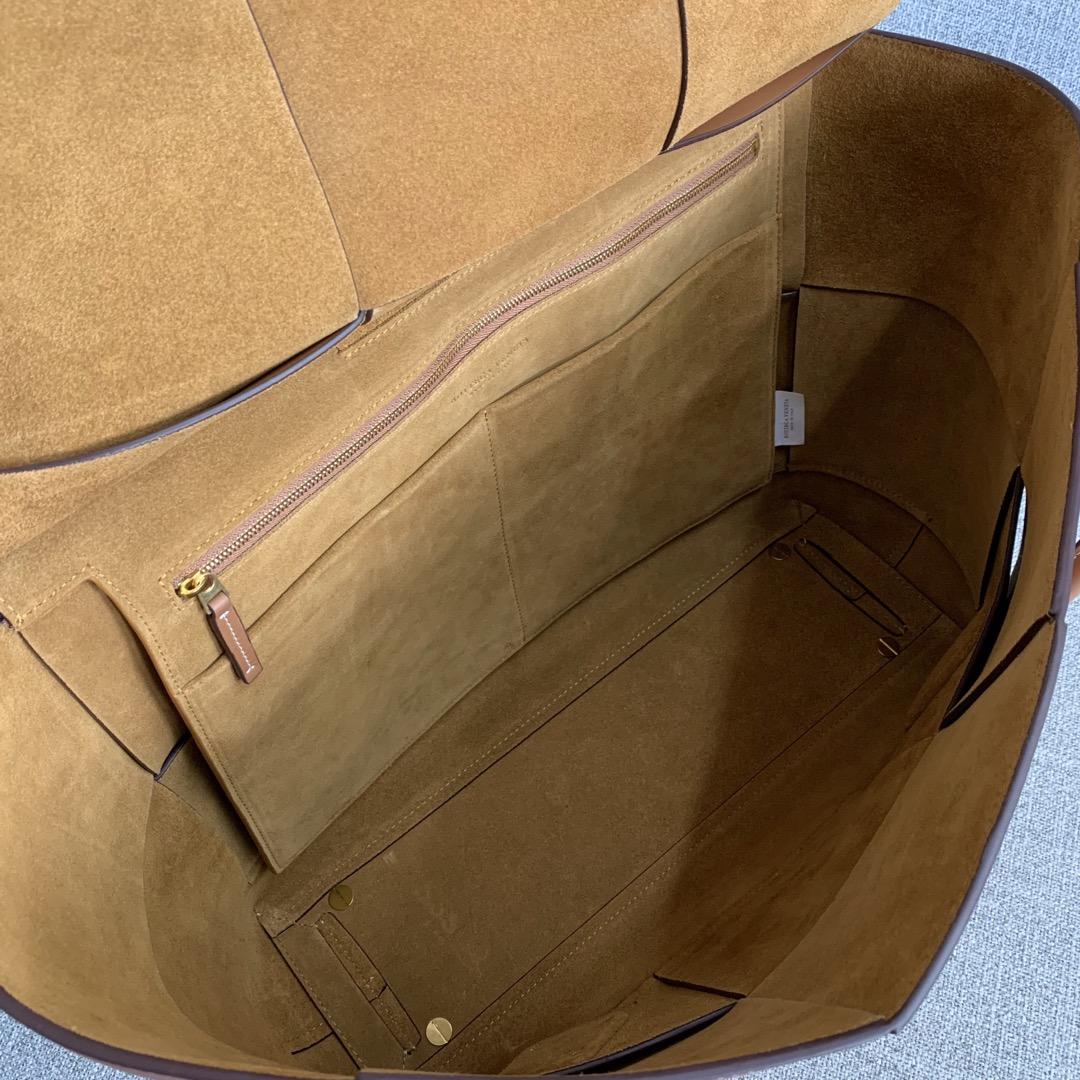 【P2850】Bv 大号Arco购物袋 573400 牛皮/土黄 袋口56 底37宽14(不含手柄)