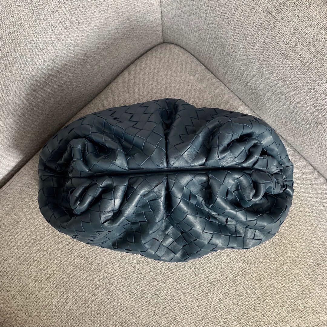 【P1800】B veneta云朵包 576227A羊皮编织/深蓝大号 39-19-20cm