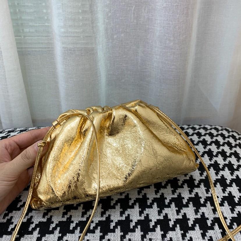 金色云朵包 Pouch手拿包小号 顶级原版小牛皮 内里全皮 22 *12*7cm