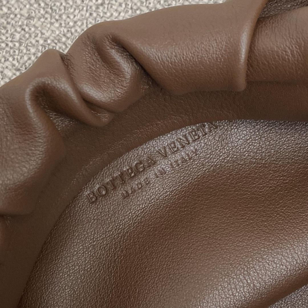 BottegaVeneta 大金链条配色云朵包 620230复古棕 31-12-6