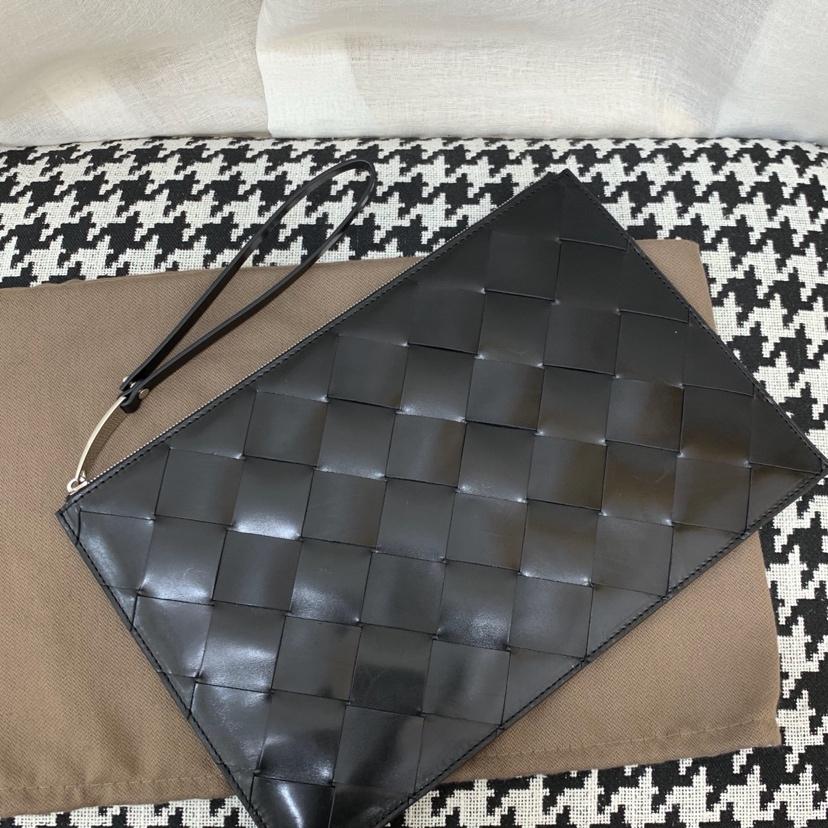 Bottega Veneta 宝缇嘉 7721 顶级原版胎牛皮 印花压纹 手腕带可随意拆卸 30 * 19.5 *
