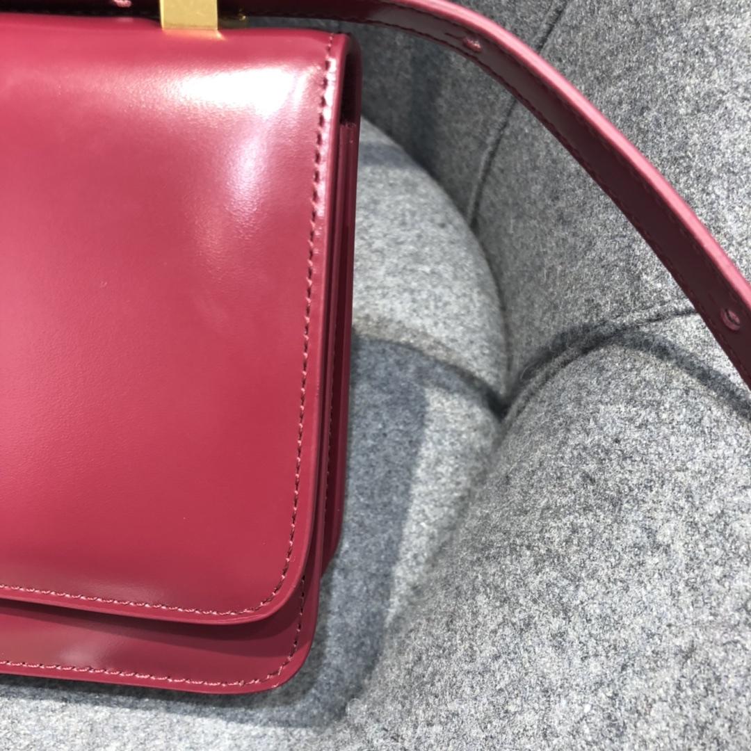 P¥1320 CLASSICMINI 极简性冷淡风 经典 满满的Vintage感 CLASSIC 21*11*5