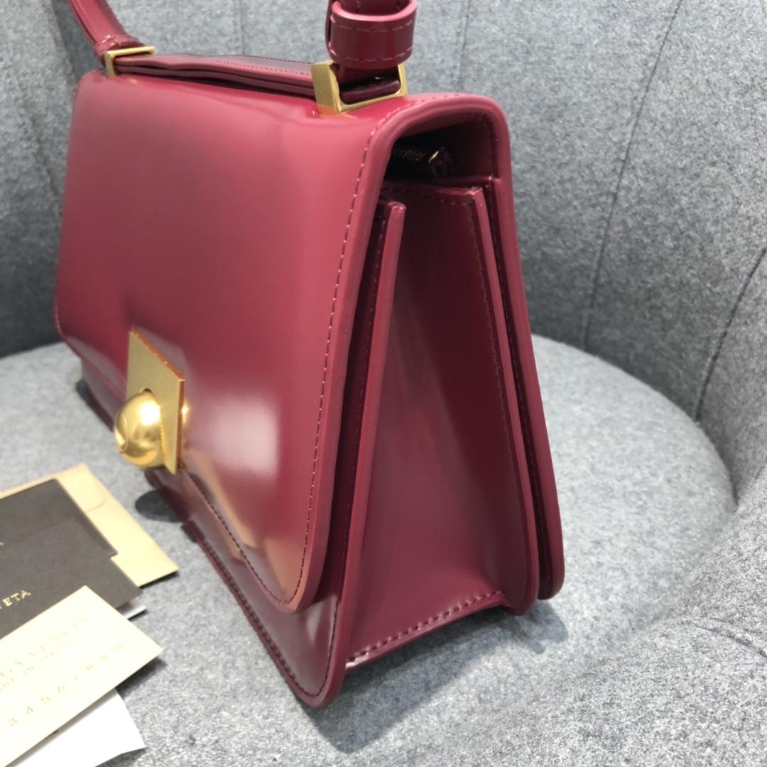 【¥1620】BVCLASSIC28cm酱莓红 28*15.5*8cm  满满的Vintage感 很耐看