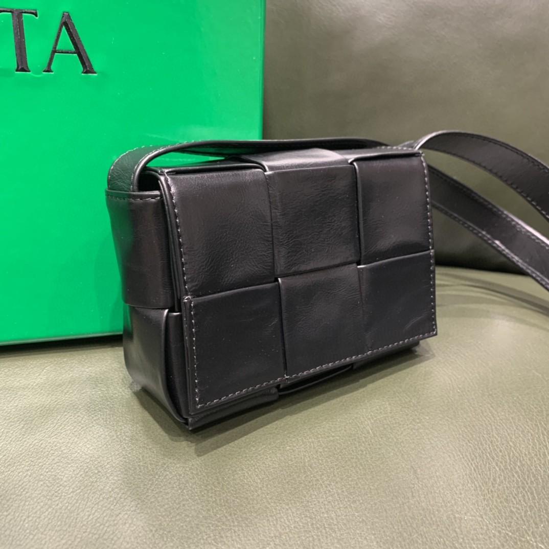 【¥1020】【CASSETTE 三格】黑色 mini包 装可爱凹造型 回头率满分 12x8x4cm